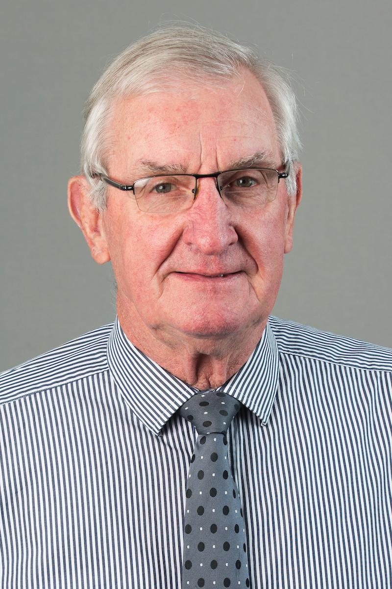 Bryan Andrews (QSM)